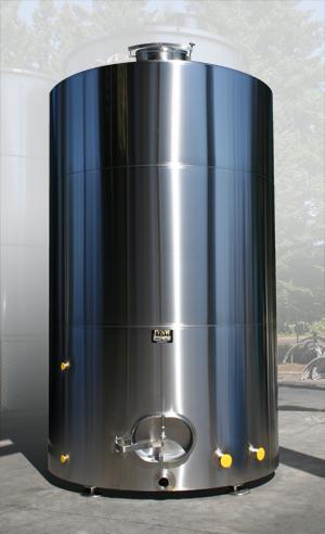 5000gal_PetersonFarms_water_tank